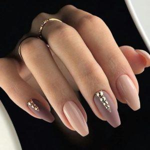 nude short fall nails