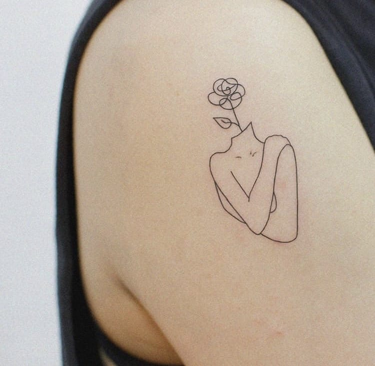 Feminine minimalist tattoo ideas for women