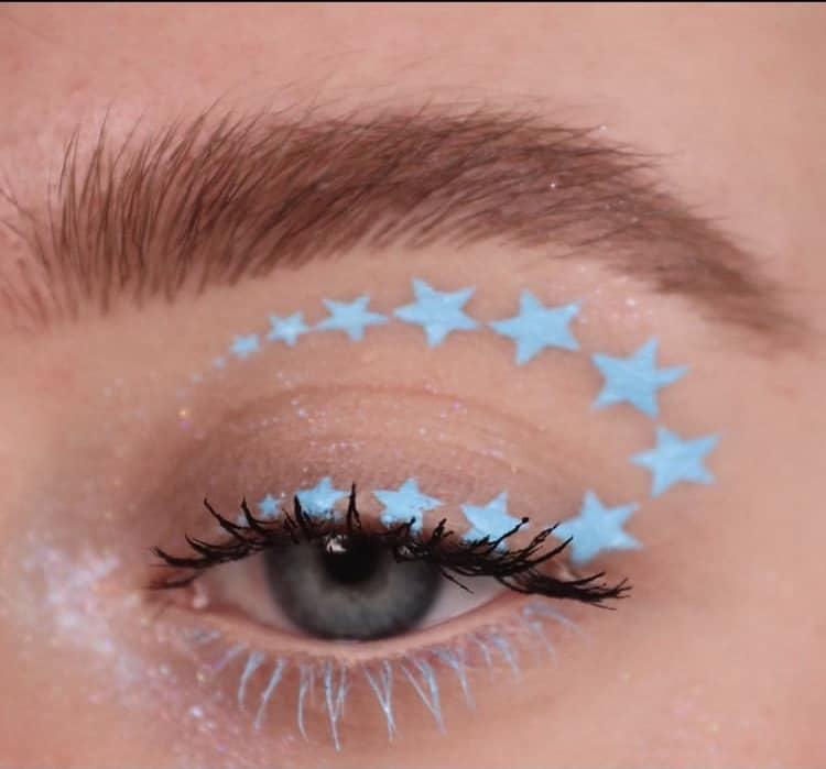 Stars eye makeup