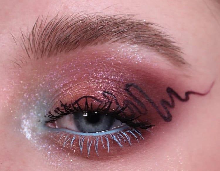 Doodle liner indie makeup looks