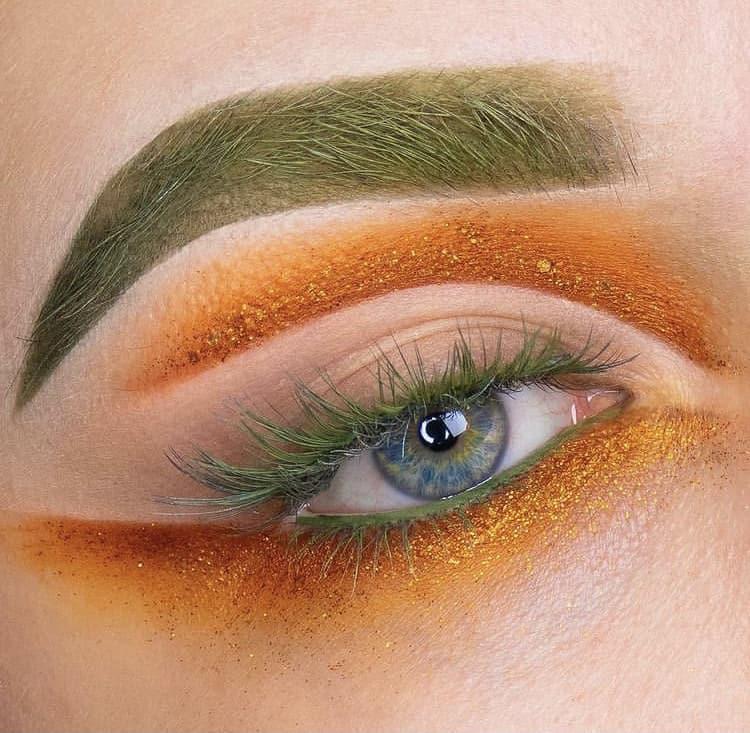 Green eyelashes and eyebrows